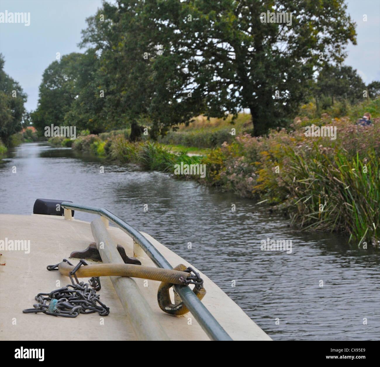 Un viaje en barco por el canal de barcos Chichester en West Sussex Imagen De Stock