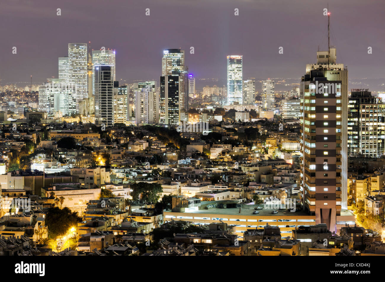 Ciudad Alta Vista hacia el centro comercial y de negocios, Tel Aviv, Israel, Oriente Medio Imagen De Stock