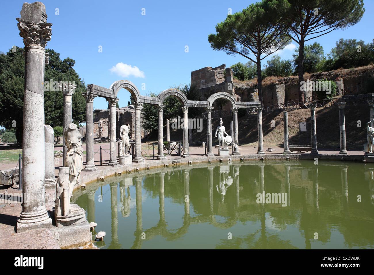 La Villa Adriana, Canopus Canal, Sitio del Patrimonio Mundial de la UNESCO, Tivoli, Roma, Lazio, Italia, Europa Imagen De Stock