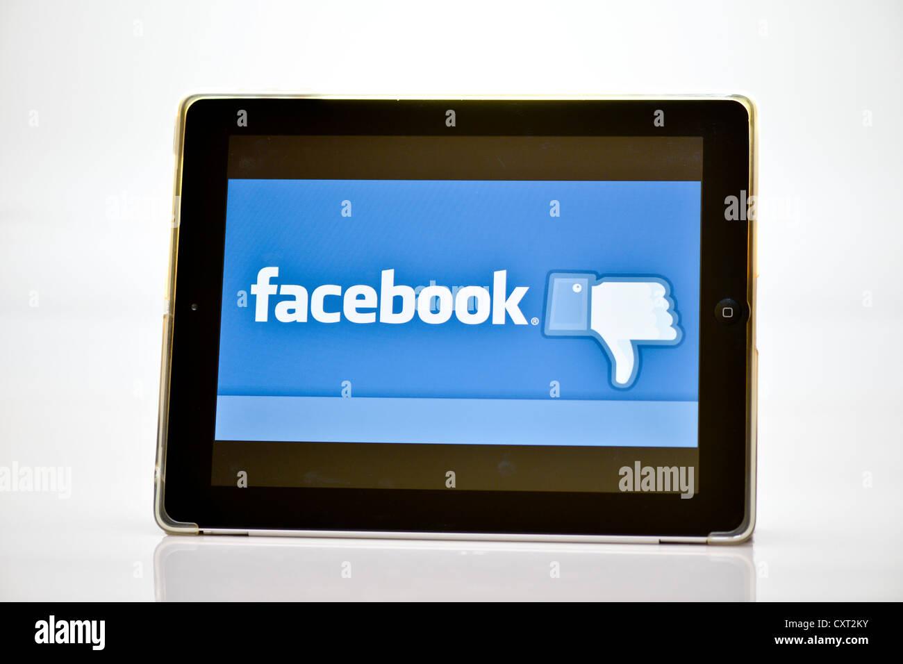 Logotipo de Facebook en el iPad Imagen De Stock