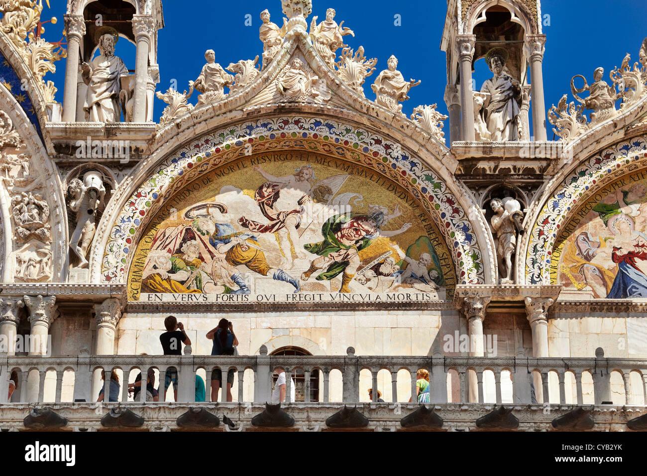 Basílica de San Marcos, la Plaza de San Marcos, en Venecia, Italia (turista), la UNESCO Imagen De Stock