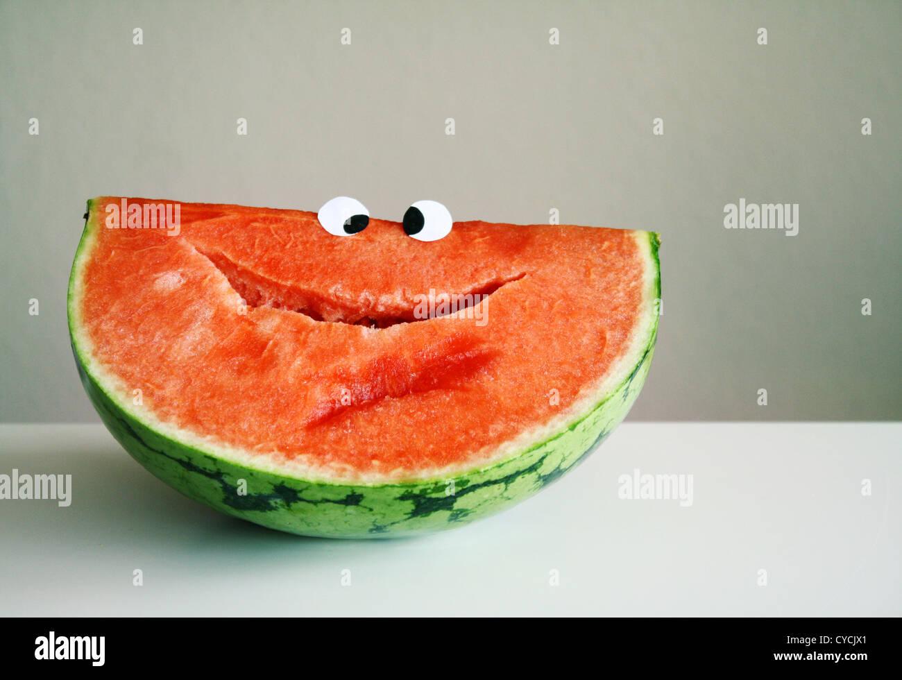 Sonriendo,frutas,Sandía Foto de stock