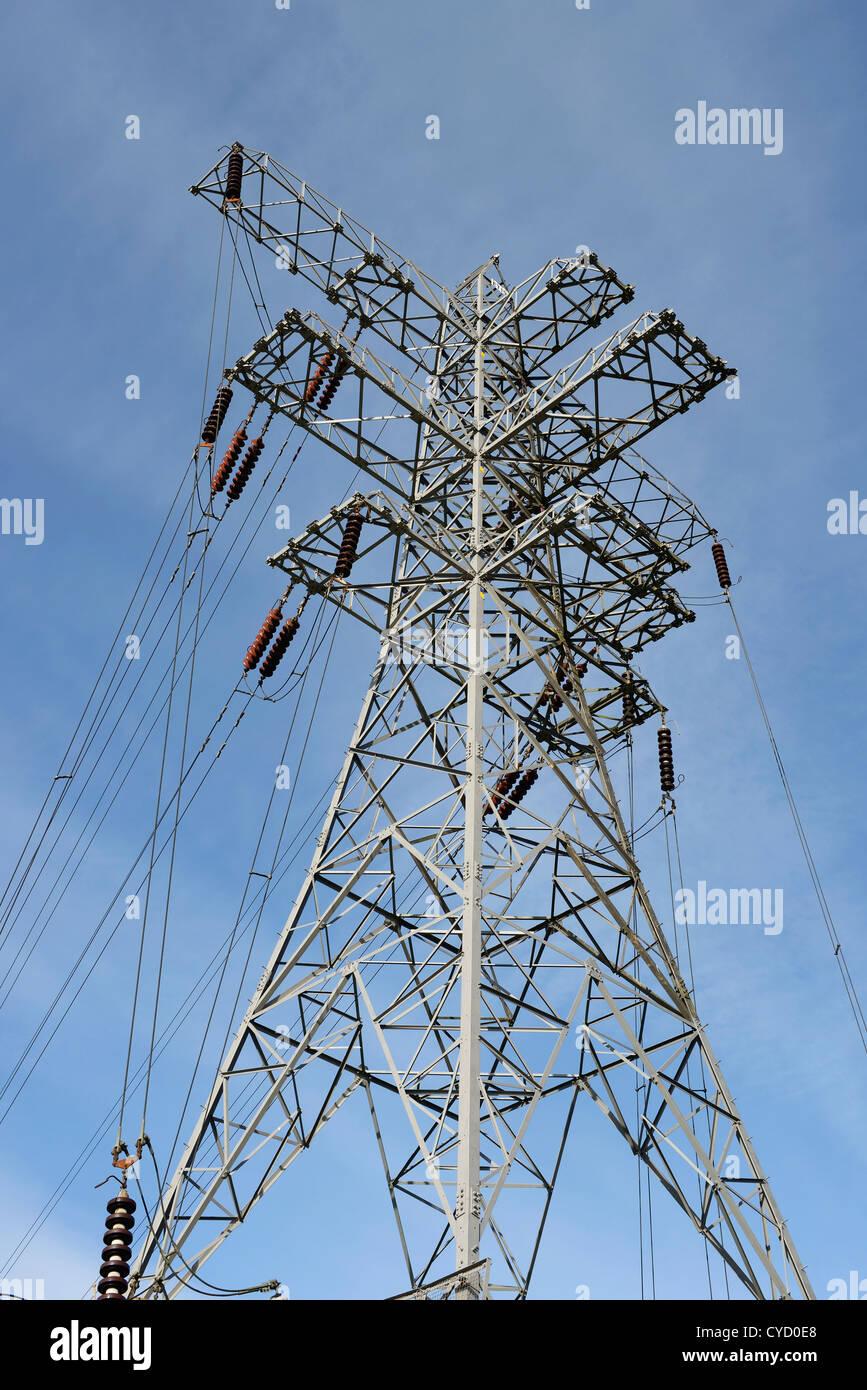Pilón de electricidad del Reino Unido Foto de stock