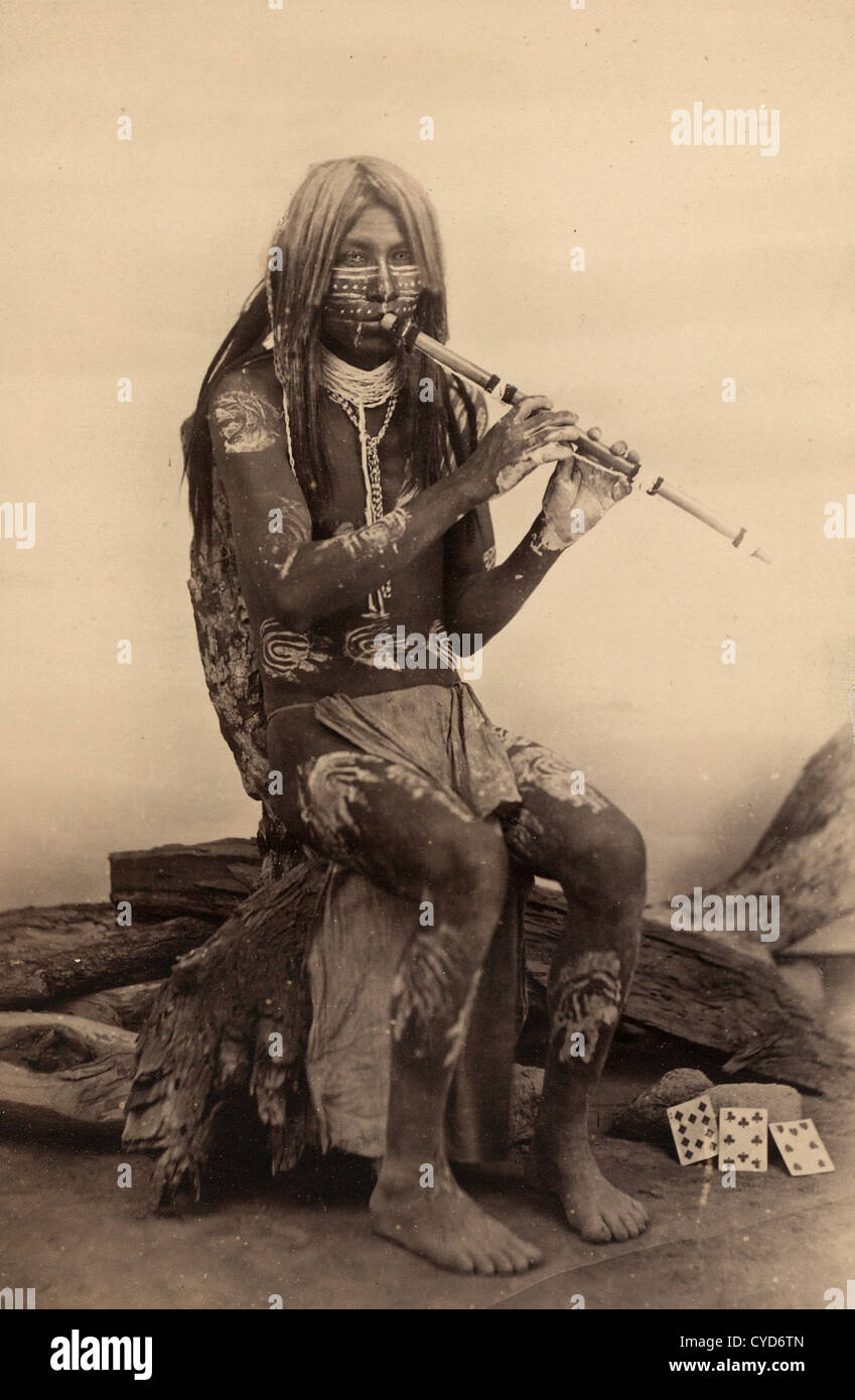 Músico de Yuma, Arizona, Native American Indian tocando una flauta Imagen De Stock