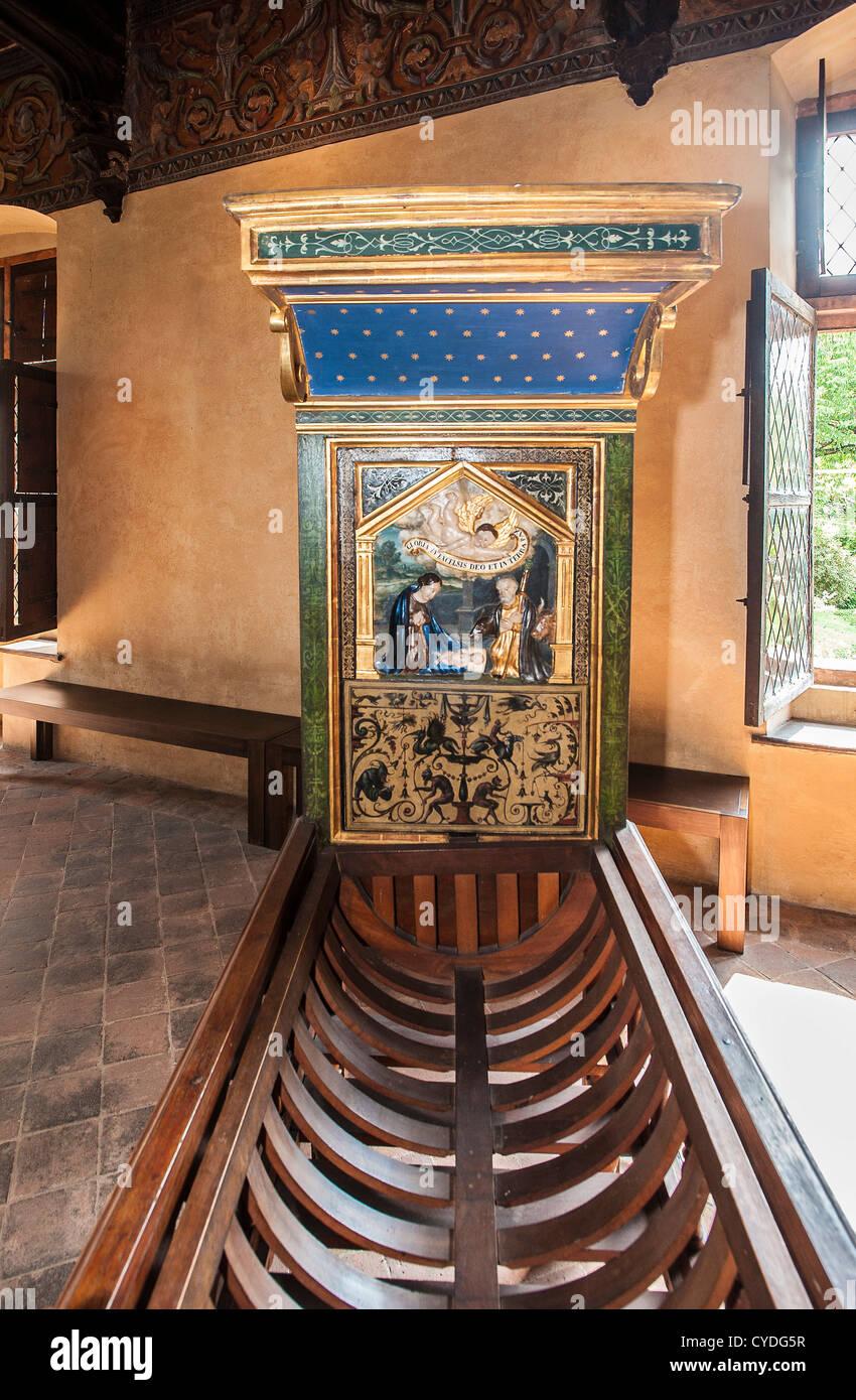 Europa Italia Piamonte Provincia de Saluzzo Casa Cavassa ángulo habitación Sur - Oriente cuna Imagen De Stock