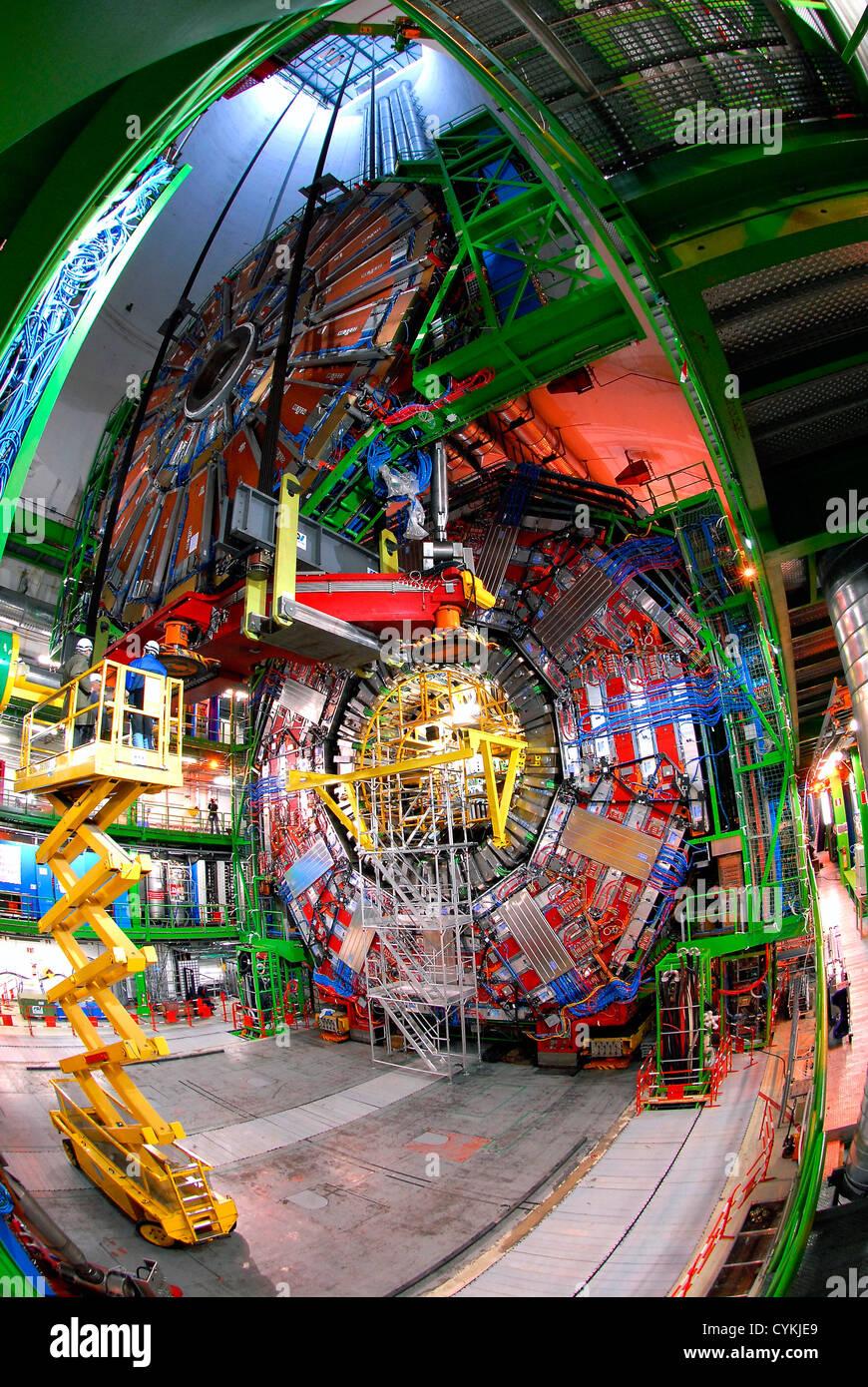 El experimento en el CERN en Ginebra Suiza: Atlas, Alice, Gran ...
