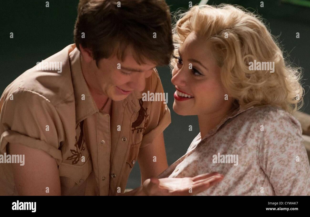Hermosas criaturas 2013 Warner Bros Film con Emmy Rossum y Thomas Mann Imagen De Stock