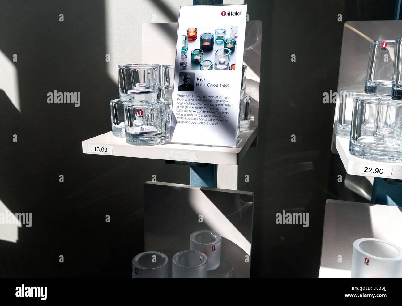 En cristalería Iittala - Kivi diseñado por Heikki Orvola 1988 Imagen De Stock