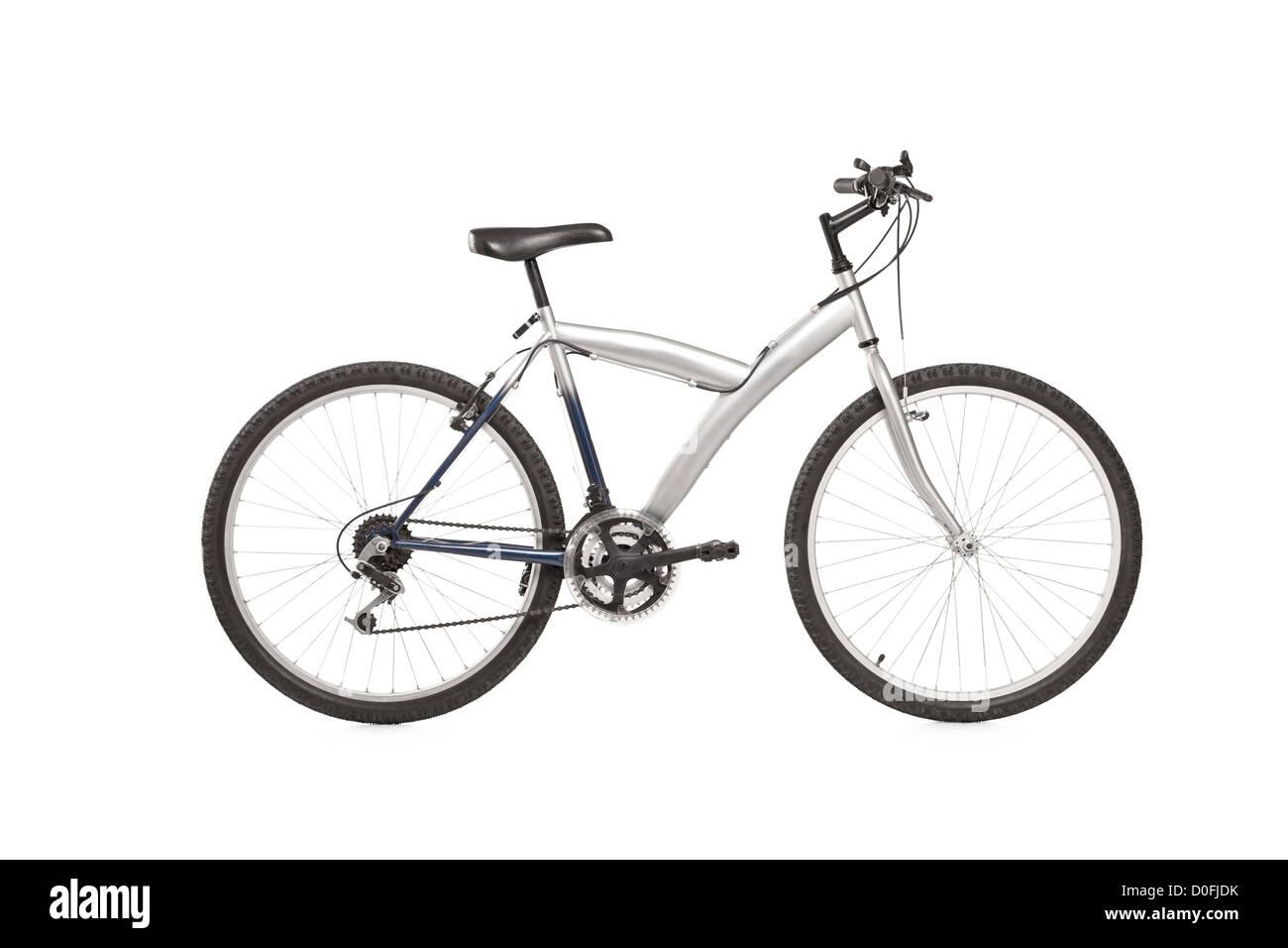 Una foto de estudio de una bicicleta de montaña aisladas contra el fondo blanco. Imagen De Stock