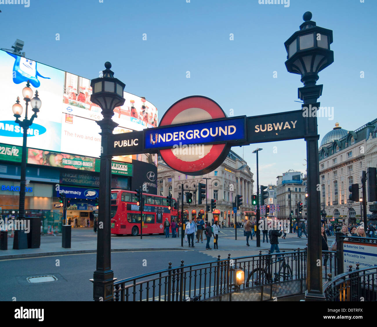 Reino Unido, Gran Bretaña, Europa, viaje, vacaciones, Inglaterra, Londres, Ciudad de Piccadilly Circus, lugar, Imagen De Stock