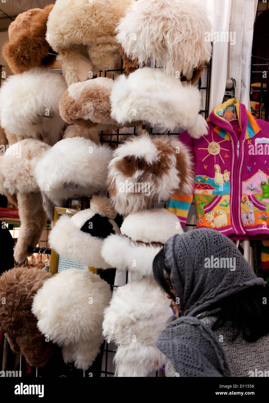 Womens fur sombreros de cremallera Imagen De Stock