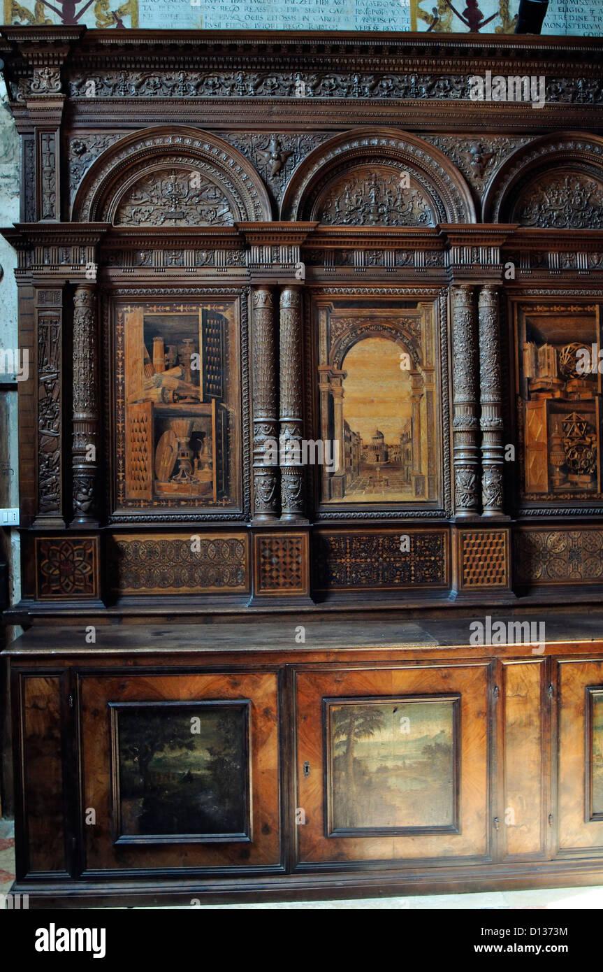 Italia, Venecia, Verona, Iglesia de Santa Maria in Organo, Sacristía Imagen De Stock