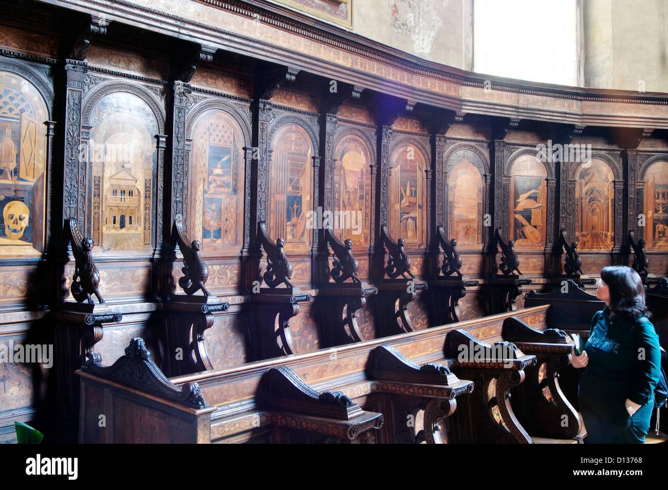 Italia, Venecia, Verona, Iglesia de Santa Maria in Organo, sillería del coro Imagen De Stock
