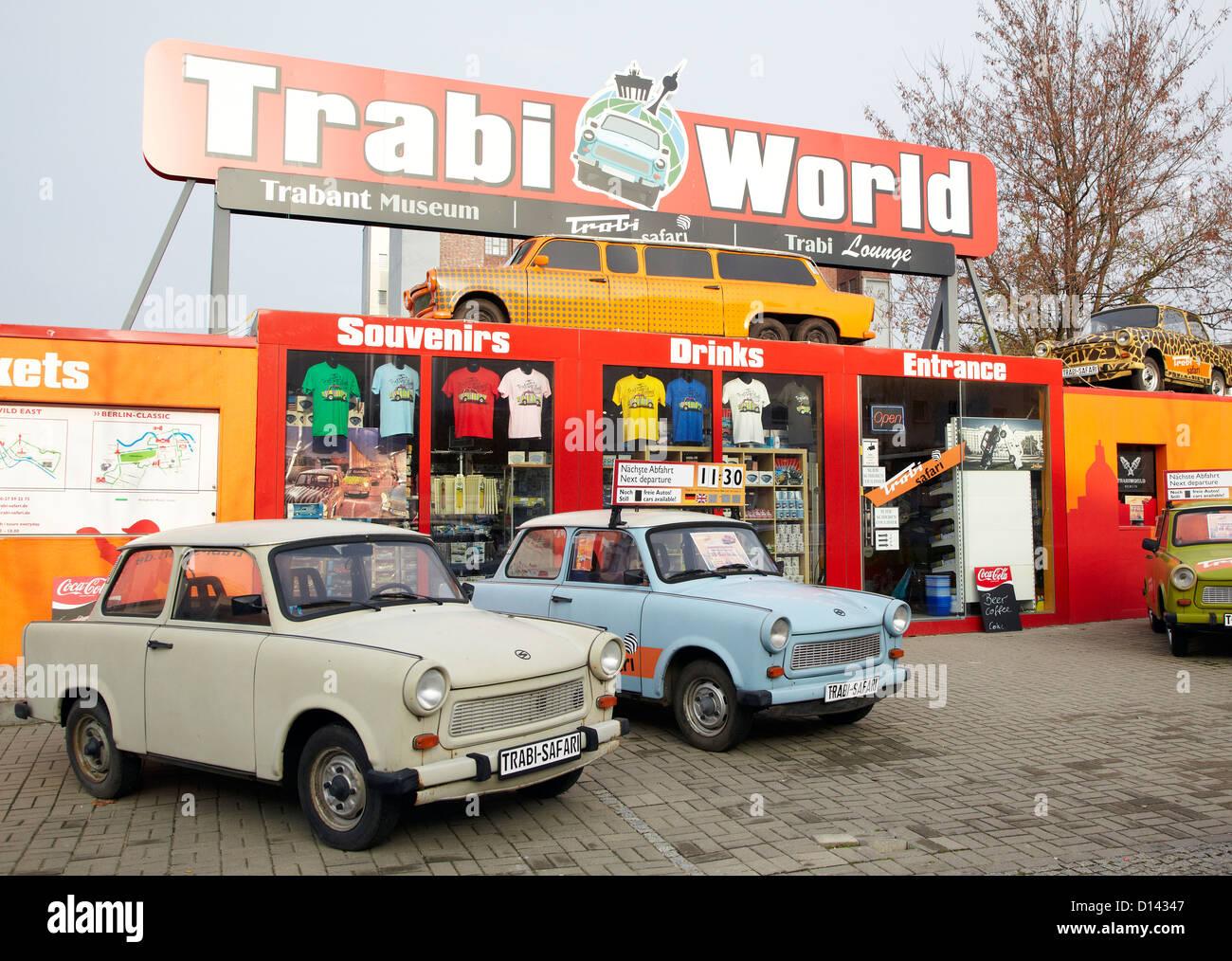 Trabant Car Museum de Berlín Oriental Alemania Imagen De Stock