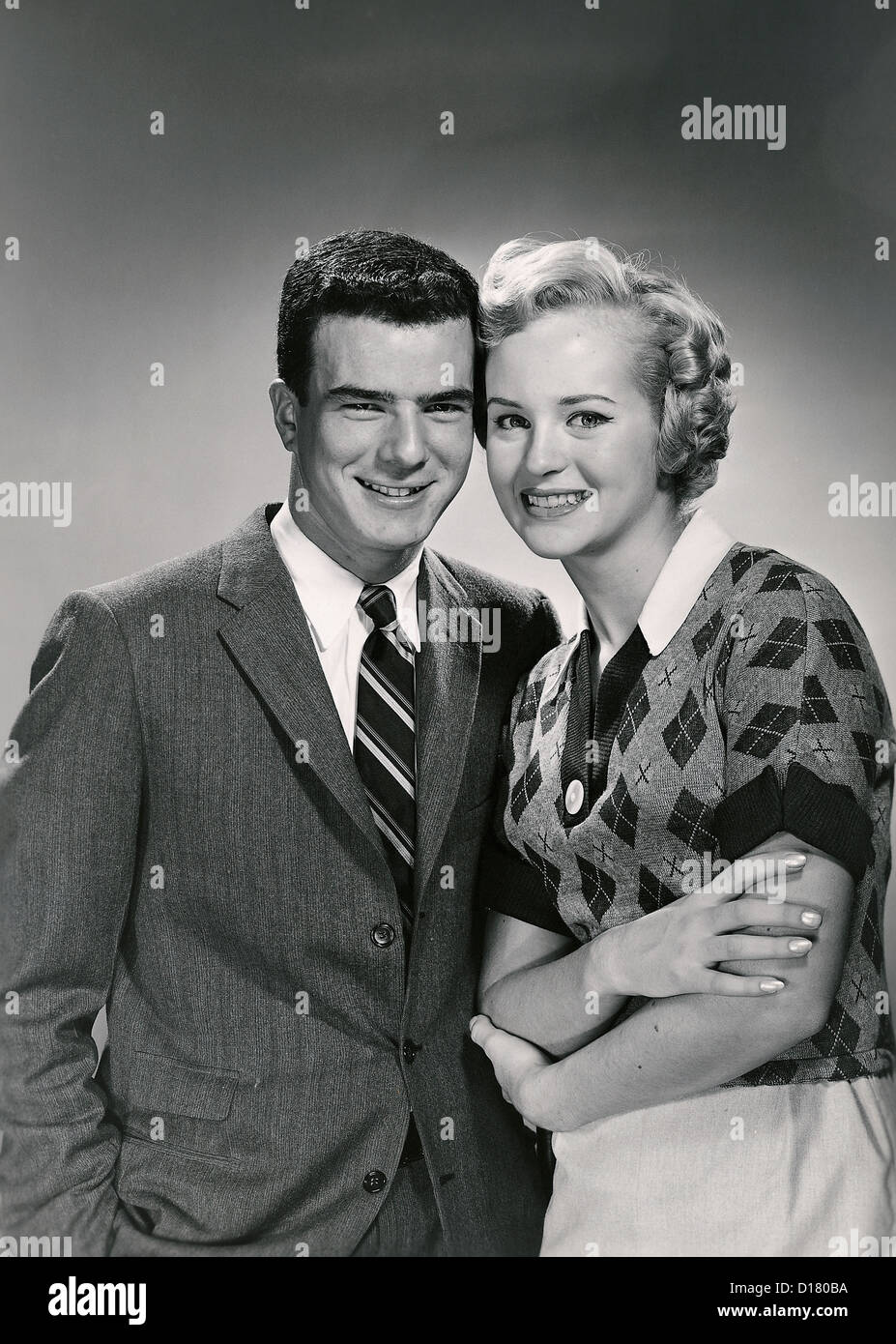 Vintage retrato de pareja sonriente Imagen De Stock