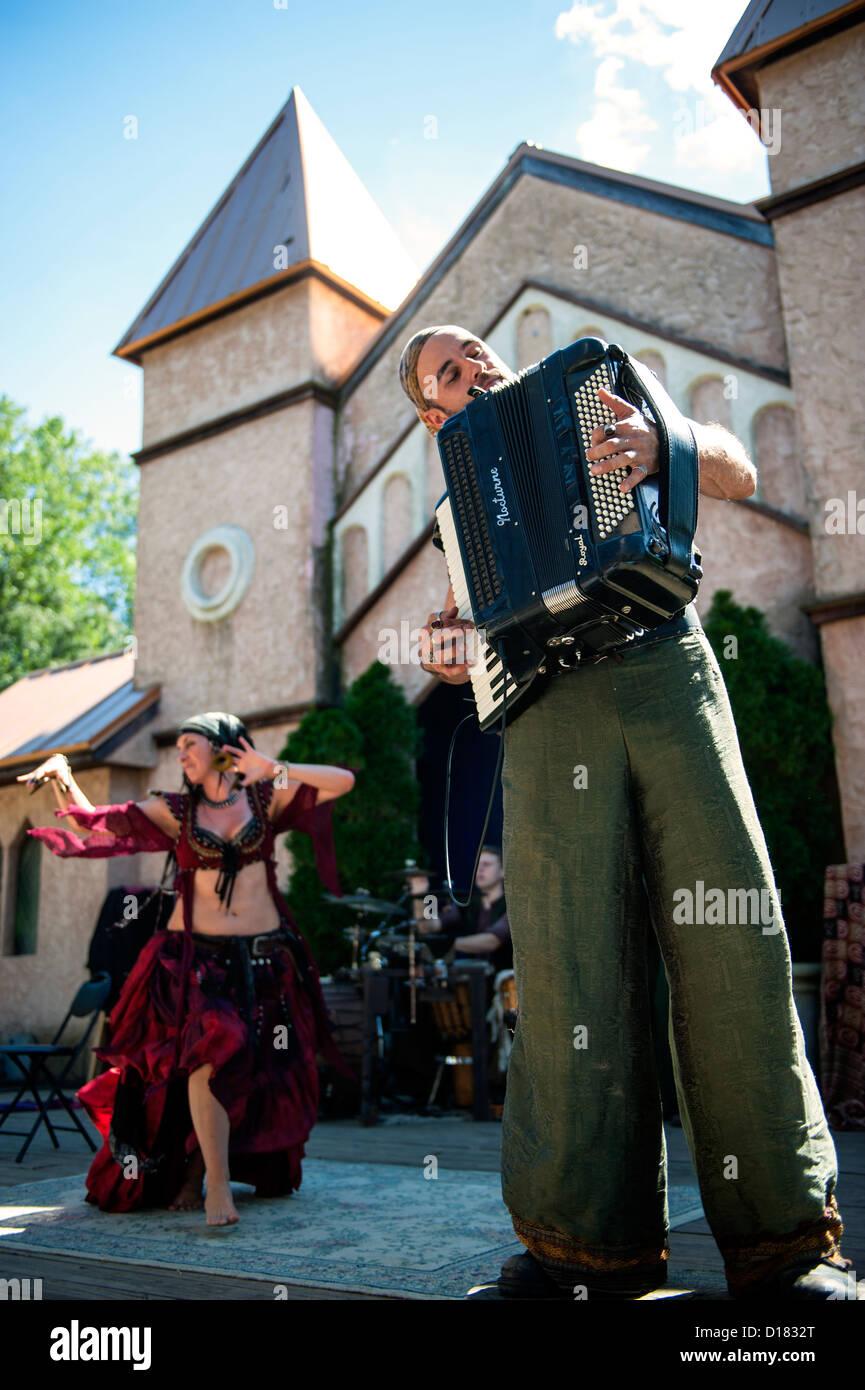 directorio mujer bailando cerca de Jerez de la Frontera