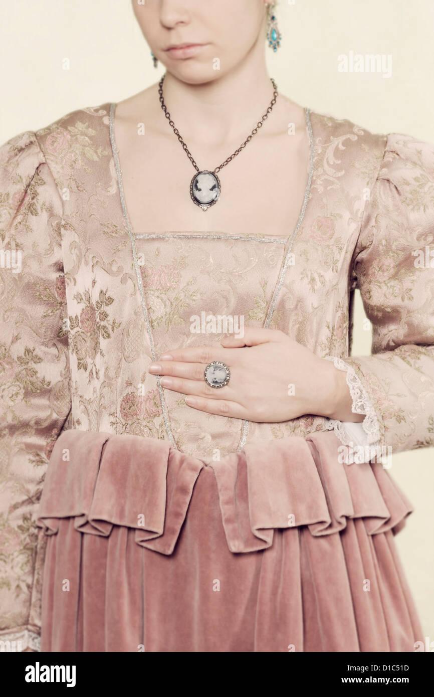 Period Dress Imágenes De Stock & Period Dress Fotos De Stock - Alamy