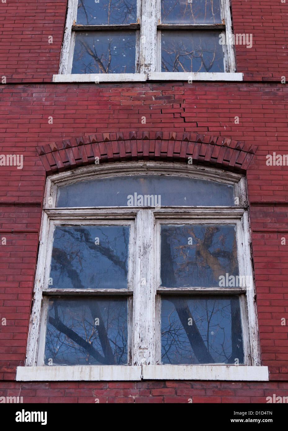Ventanas de marco de madera vieja Imagen De Stock