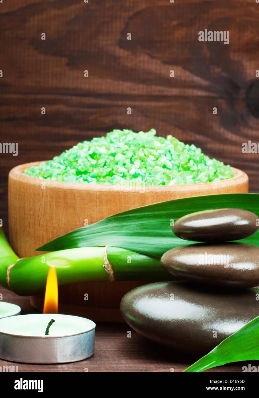 Bodegón con Spa Zen Stone y bambú Imagen De Stock