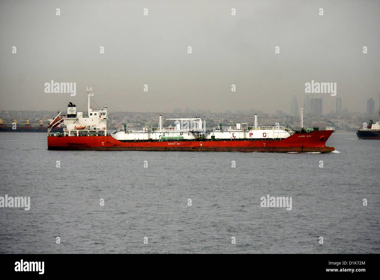 Cargo Ship Vietnam Im Genes De Stock Cargo Ship Vietnam