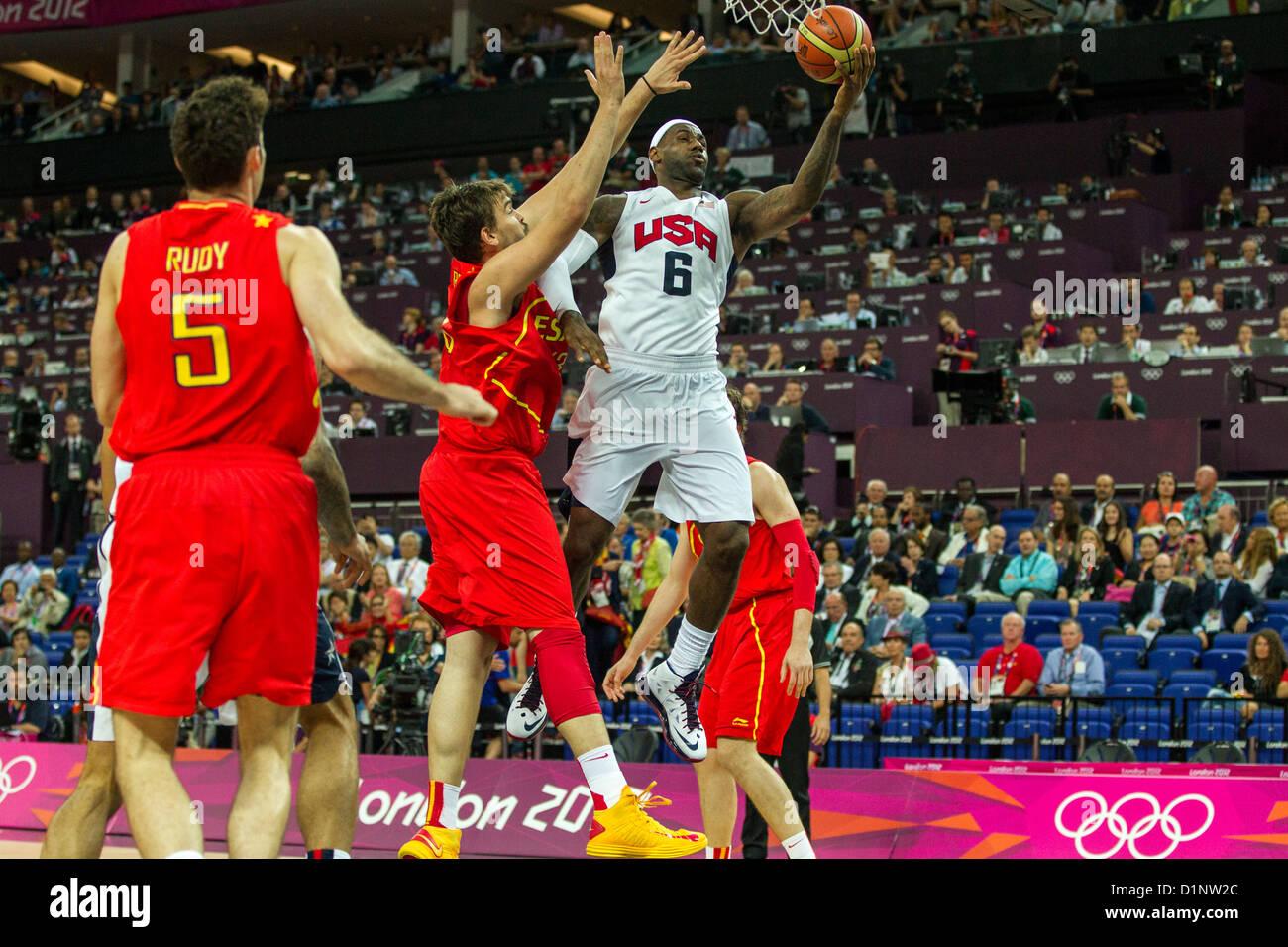 Lebron James (Estados Unidos), que compite en la Medalla de oro del baloncesto de los hombres del juego en el verano Imagen De Stock