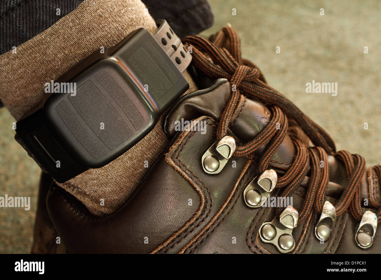 Etiqueta electrónica de seguridad en un penal etiquetados Foto de stock