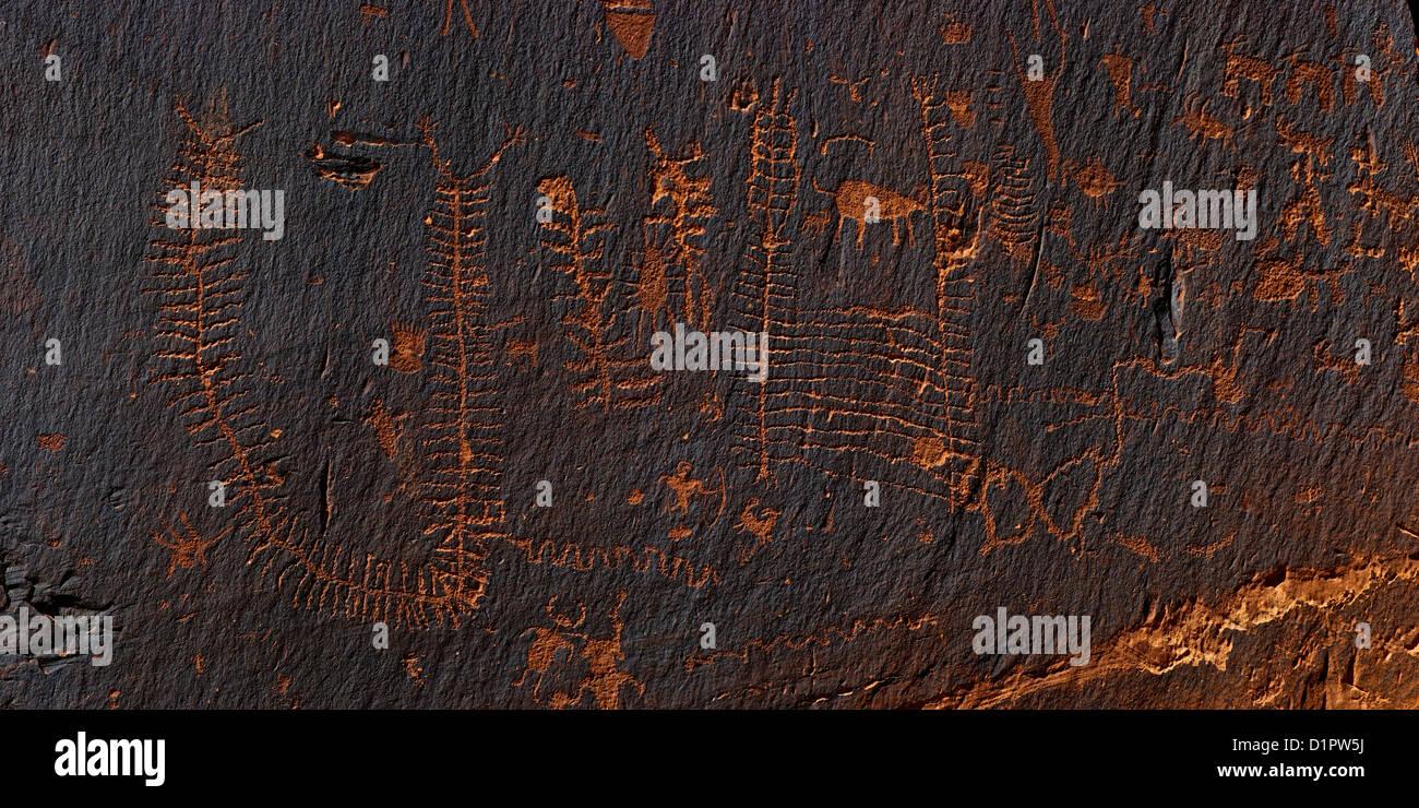 Milpiés patrones, Petroglifos del Período Formativo, Utah Scenic desviación 279, potasa Road, los Imagen De Stock