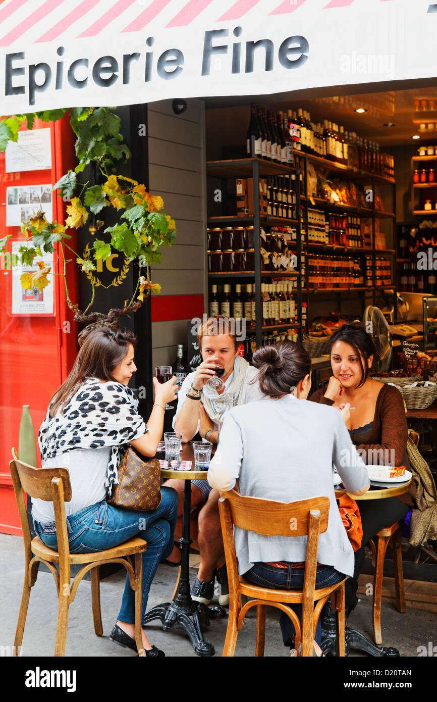 Terra corsa, Corsa y delikatessen bistro, Rue des Martyrs, Paris, Francia, Europa Imagen De Stock