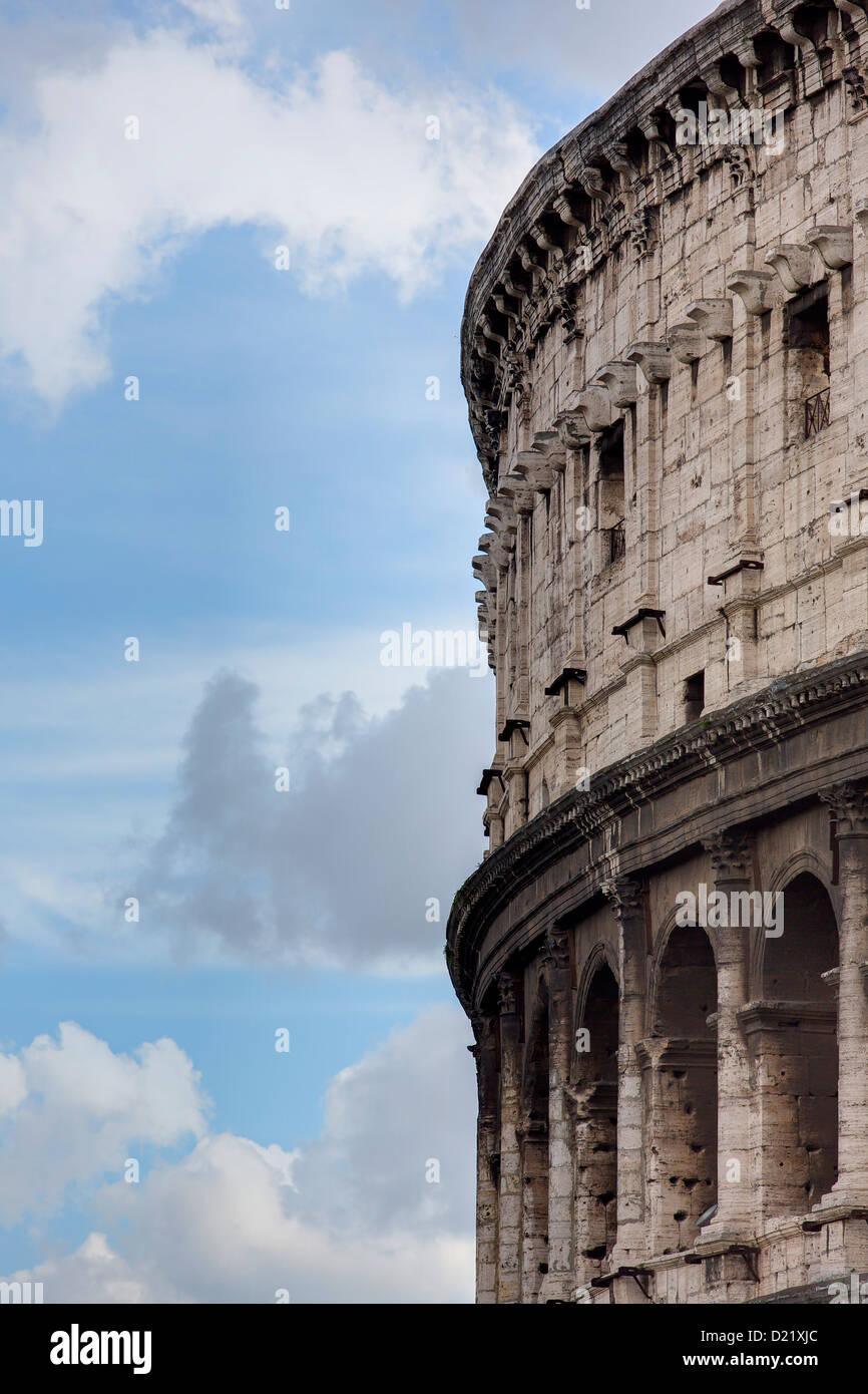 El Coliseo Romano Roma Italia Imagen De Stock
