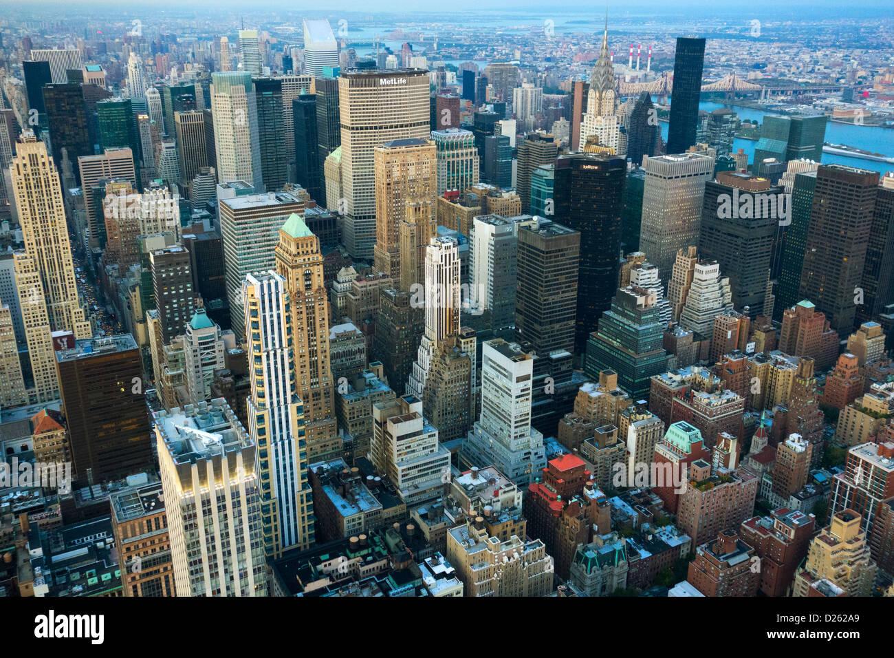 La Ciudad De Nueva York Vista Desde La Terraza De