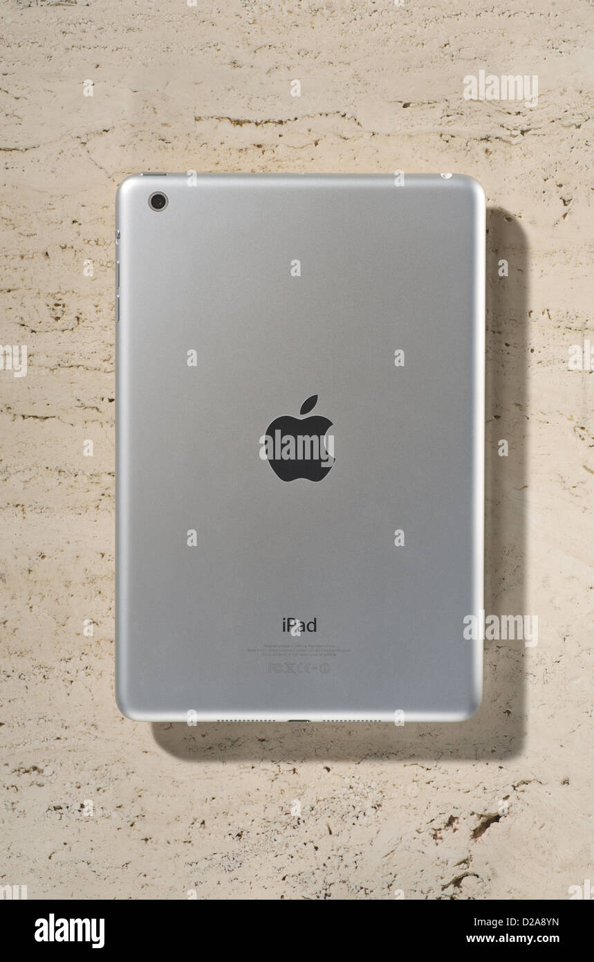 Hamburgo, Alemania, de vuelta de la Manzana iPad mini Imagen De Stock