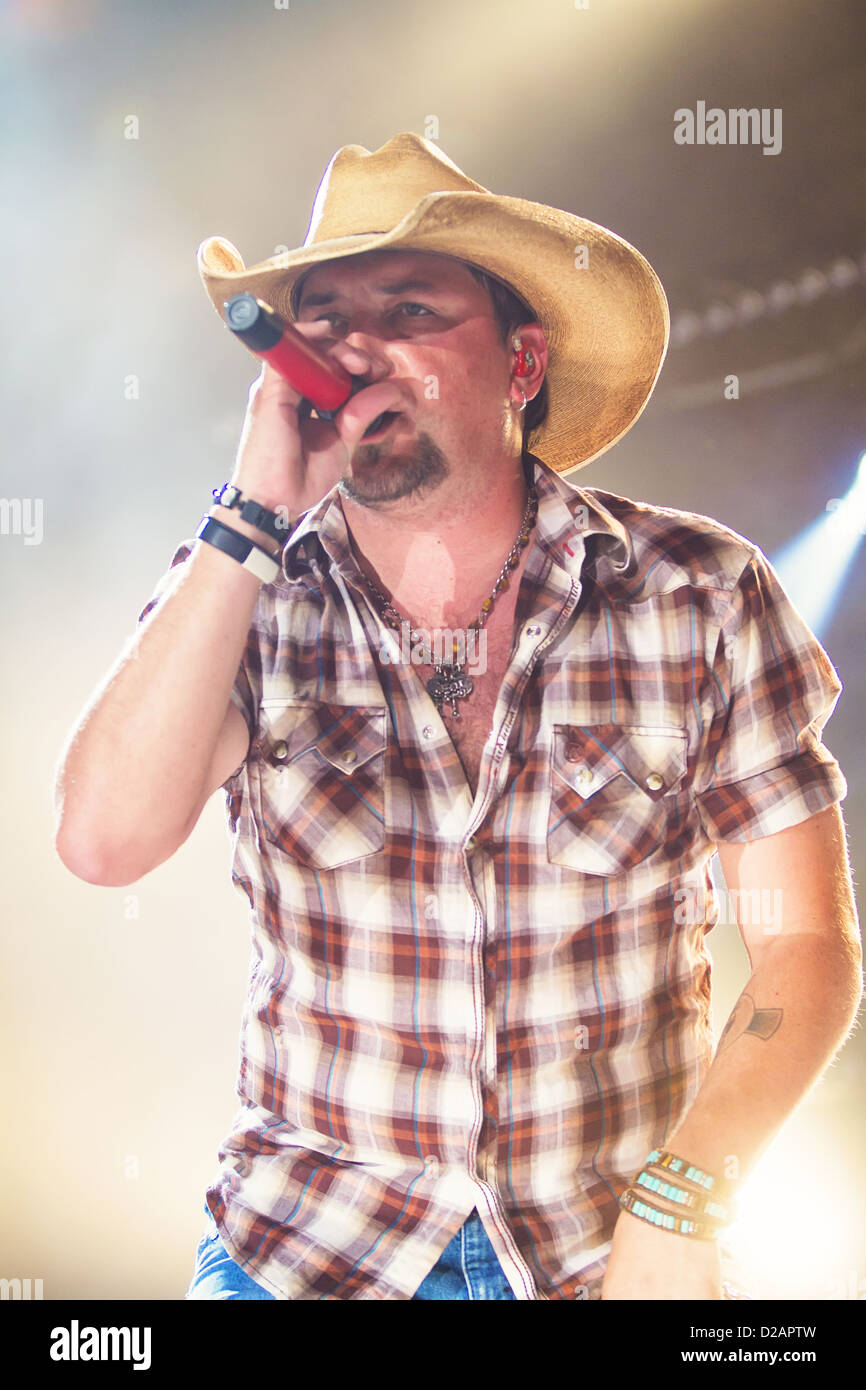 Jason Aldean realiza en el 2012 CMA Music Festival en Nashville, Tennessee Imagen De Stock