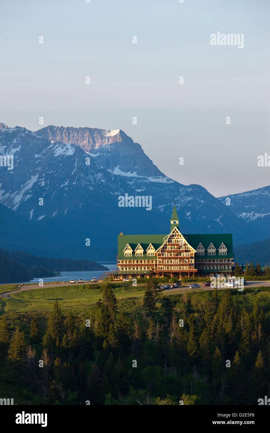 PRINCE Of Wales Hotel (©Great Northern Railway 1927) Parque Nacional Waterton Lakes Alberta Canada Foto de stock