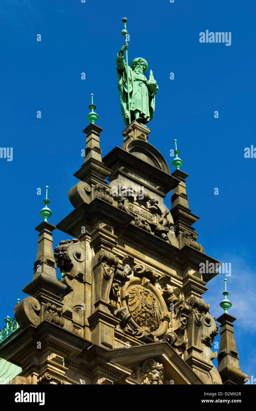 Ornamentada arquitectura neo-renacentista del Hamburgo Rathaus, el ayuntamiento y la sede del gobierno, inaugurado 1886, Hamburgo, Alemania. Foto de stock