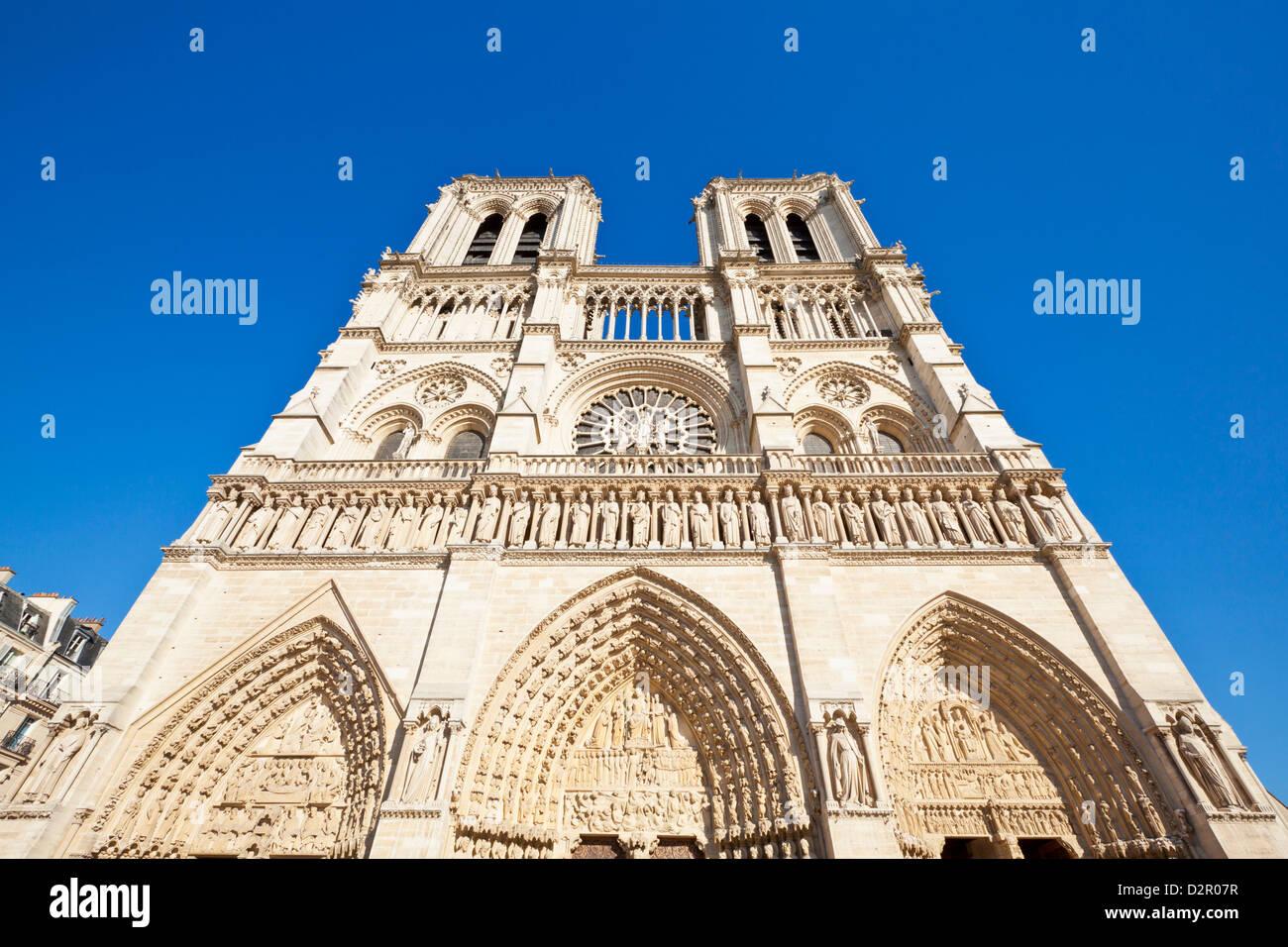 Fachada de la catedral de Notre Dame, Ile de la Cité, París, Francia, Europa Imagen De Stock