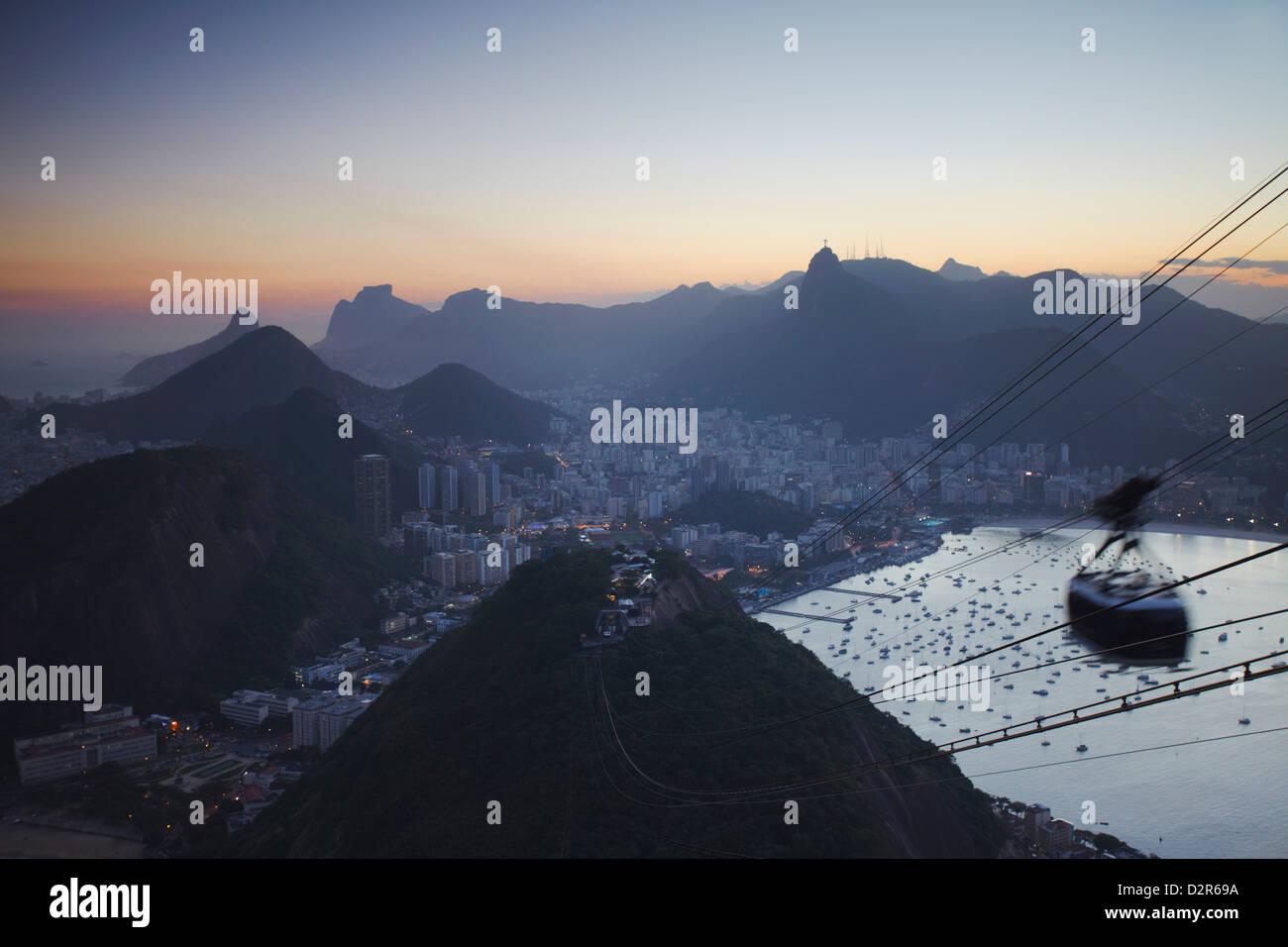 Vista del río desde la Montaña Pan de Azúcar, Rio de Janeiro, Brasil, América del Sur Imagen De Stock