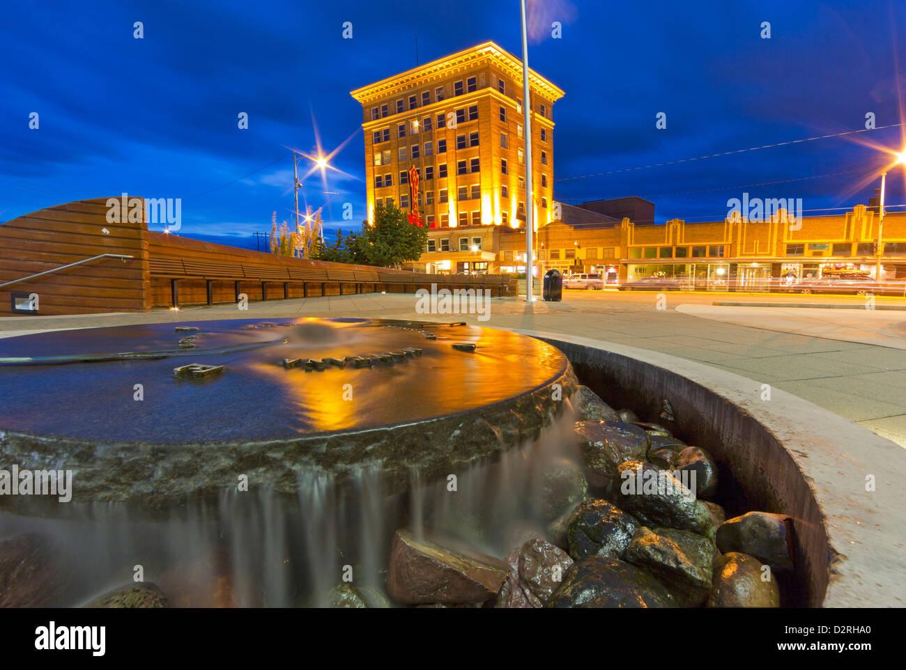 El histórico edificio del Teatro Wilma al atardecer en el centro de Missoula, Montana, EE.UU. Imagen De Stock