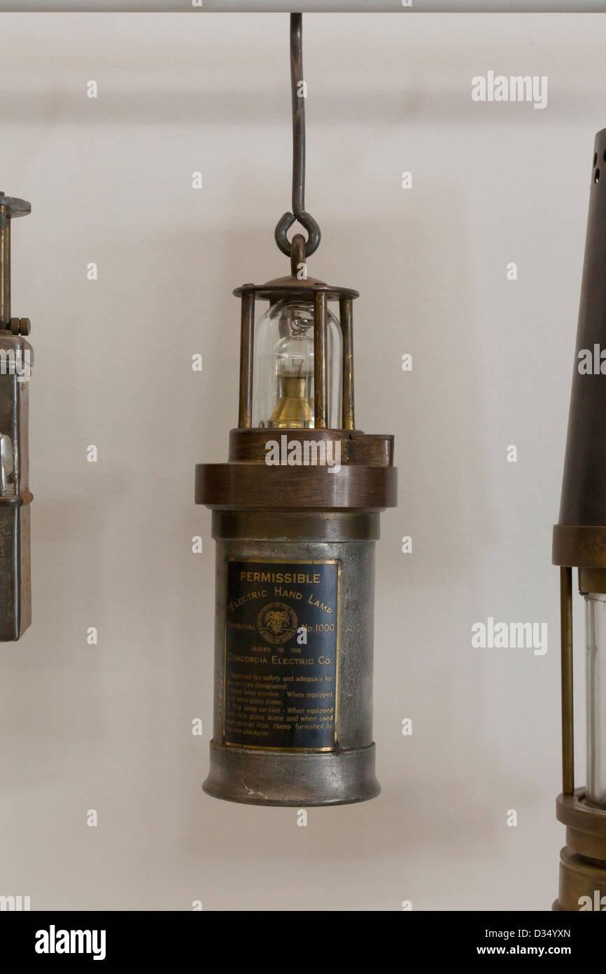 Vintage Lámpara minera - circa 1800 Imagen De Stock