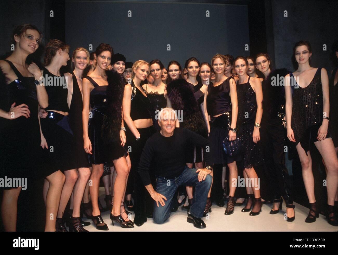 Desfile De Modas De Giorgio Armani Fotos E Imagenes De Stock Alamy