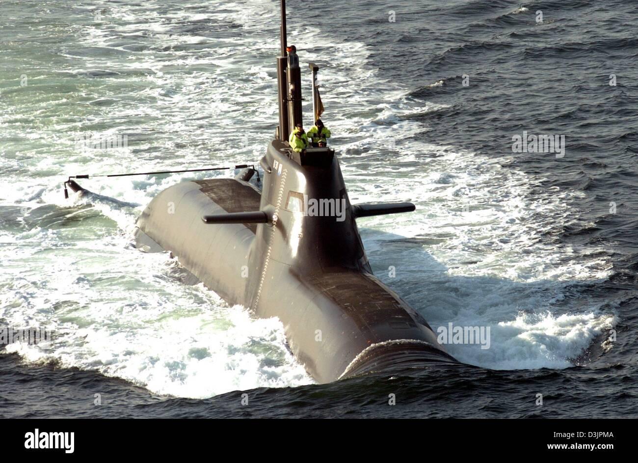 (Dpa) - La nueva clase 212 Un submarino 'U 31' deja el Mar Báltico en la base naval de Eckernfoerde, Imagen De Stock