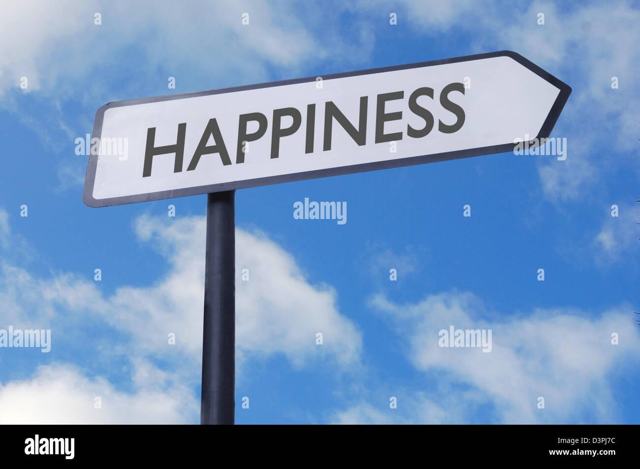 Felicidad calle signo con el cielo azul Imagen De Stock