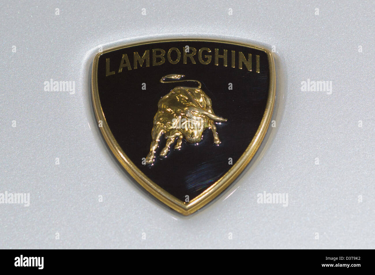 Lamborghini Logo Imagenes De Stock Lamborghini Logo Fotos De Stock