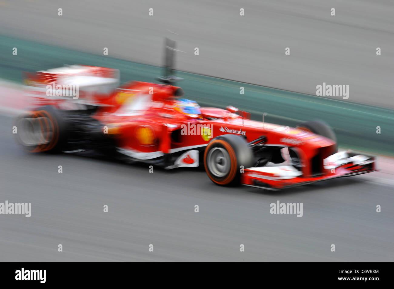 Circuito Fernando Alonso : Fernando alonso esp ferrari f138 durante las pruebas de fórmula
