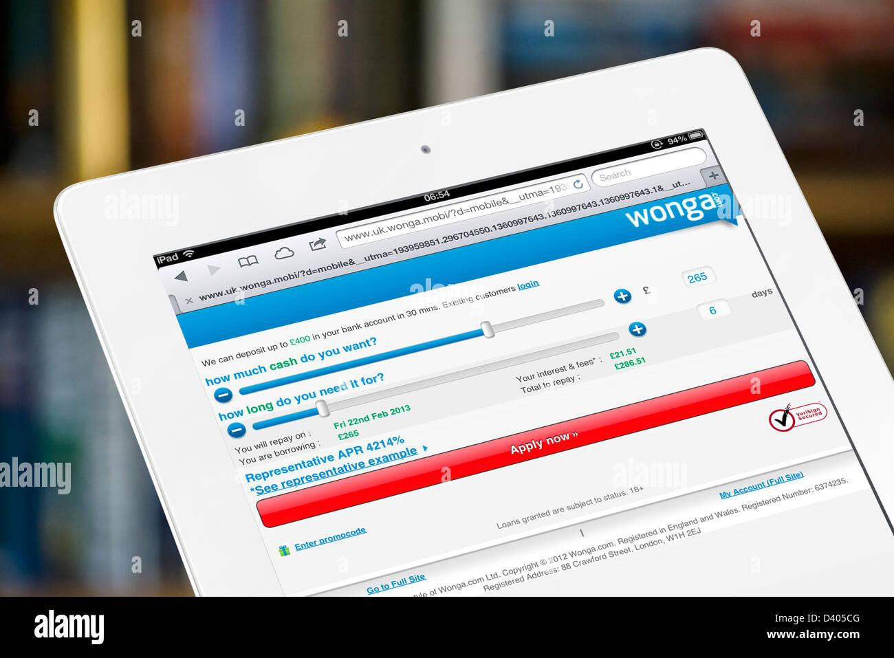 Solicitud de préstamo de la calculadora en el sitio de préstamo paday Wonga.com vistos en un iPad de 4ª Imagen De Stock
