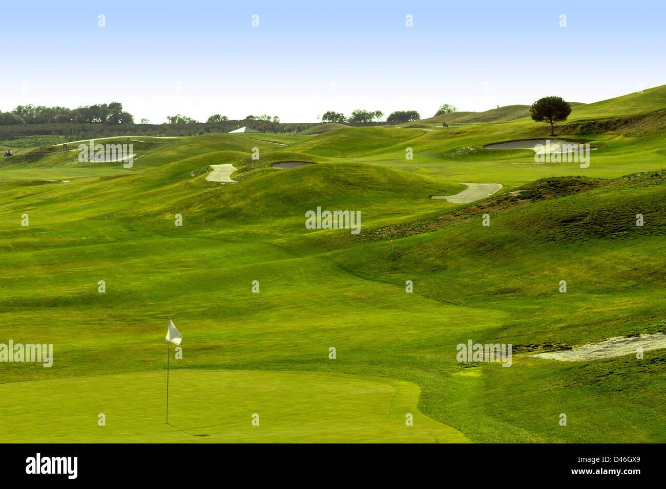 Un bello campo de golf en Madrid. Imagen De Stock