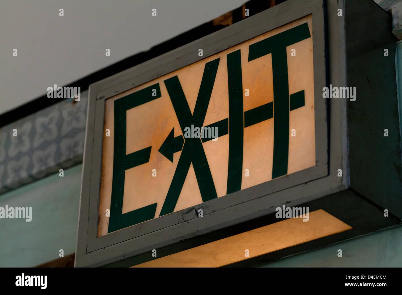 Señal de salida iluminada Vintage Imagen De Stock