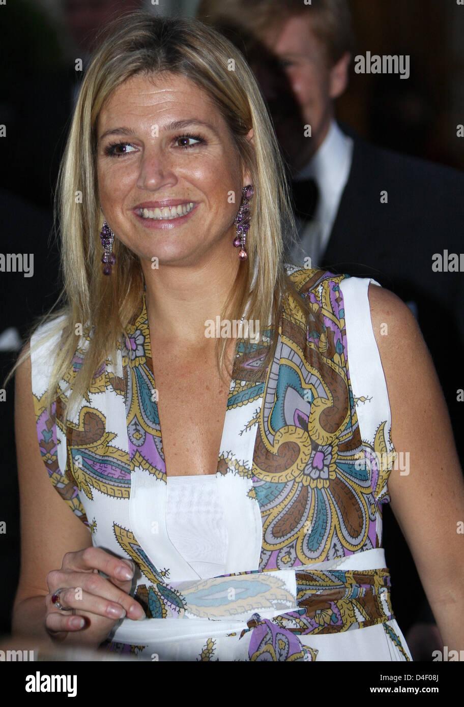 La Princesa Máxima de Holanda asiste a la ceremonia de entrega del premio Willem I Premio de 2008 en La Haya, Imagen De Stock