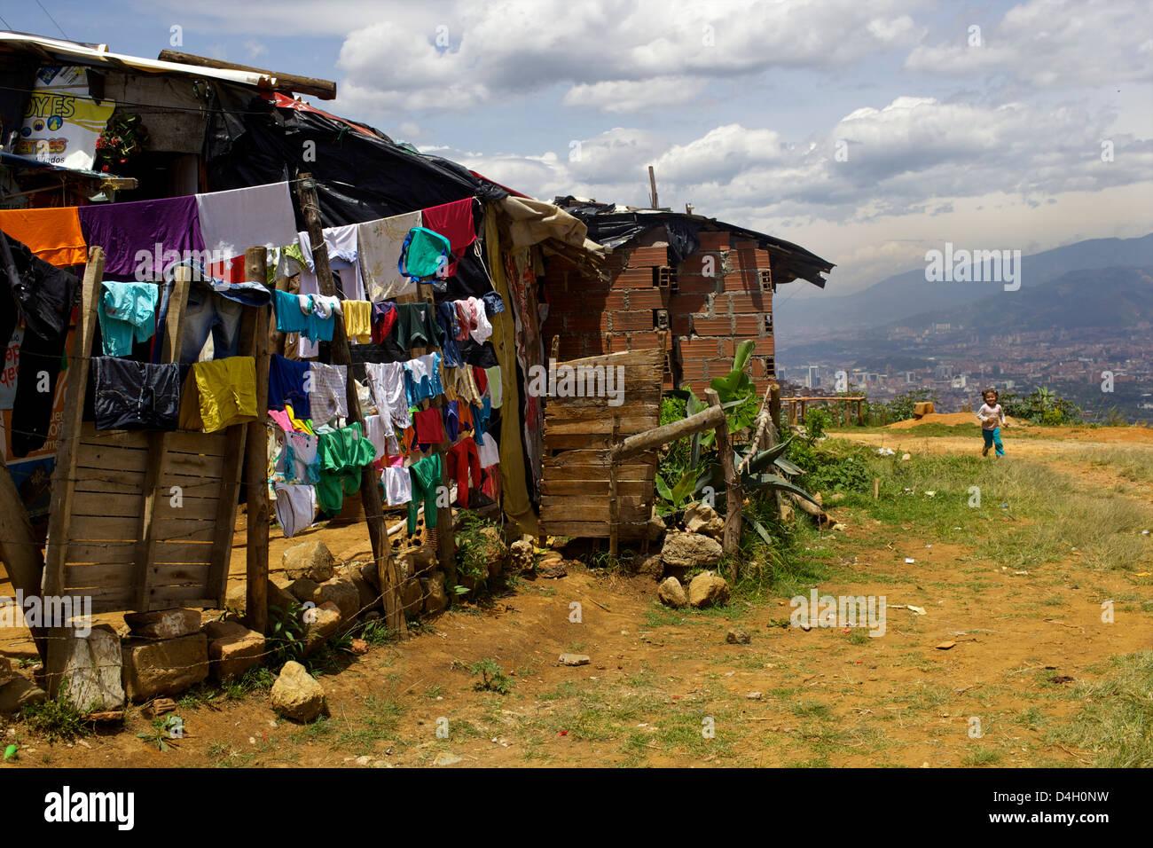 Por encima de Medellín, los barrios regalo de Dios, Colombia, Sur America Imagen De Stock
