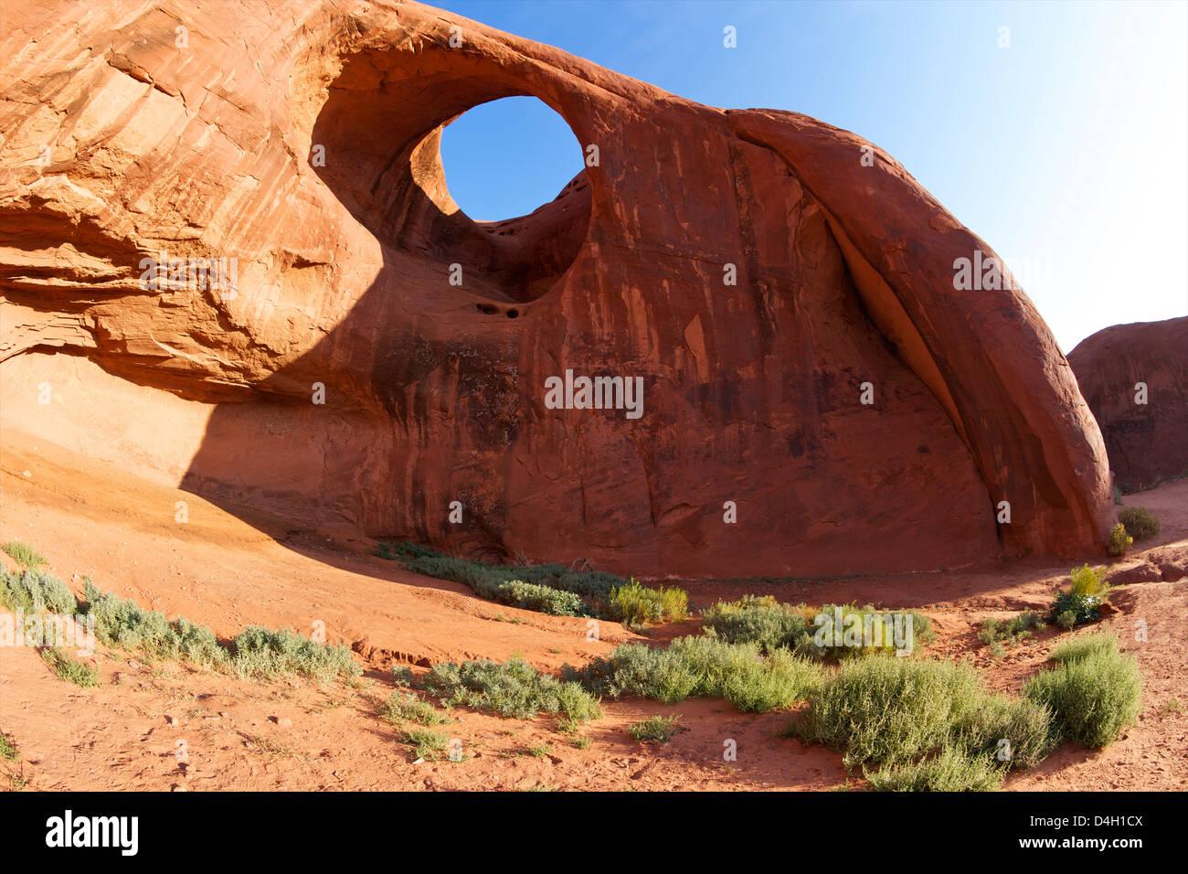 Oído del Viento, Monument Valley Navajo Tribal Park, Utah, EE.UU. Imagen De Stock