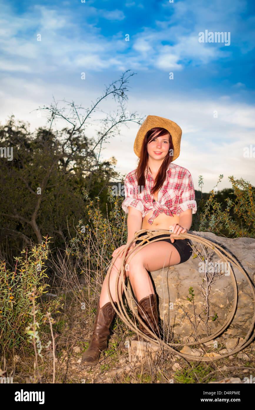 Retrato de mujer joven con cuerda f71e025baf6